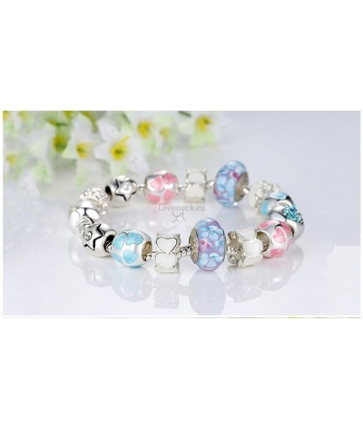 Bracelet with charms cake