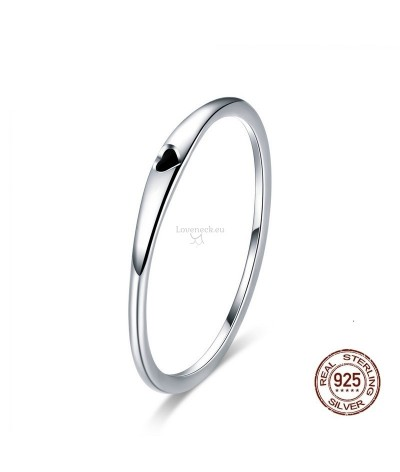 Silver ring with heart | Loveneck